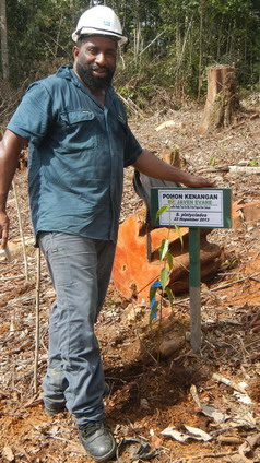 With a ceremonial tree planting, all participants were given the opportunity to leave there mark.